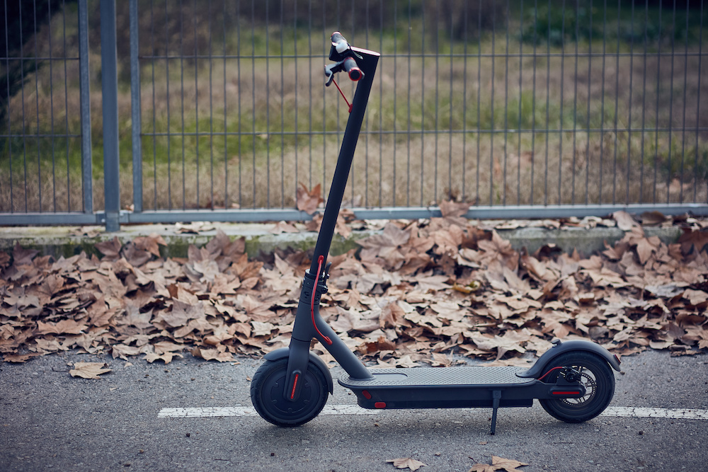 how fast does a razor electric scooter go